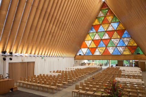 cardboard cathedral desaster recovery shigeru ban space anderson