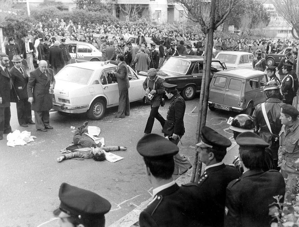 https://www.milanofree.it/images/stories/cronaca/agguato_di_via_fani_-_roma_16_marzo_1978_-_raffaele_iozzino.jpg