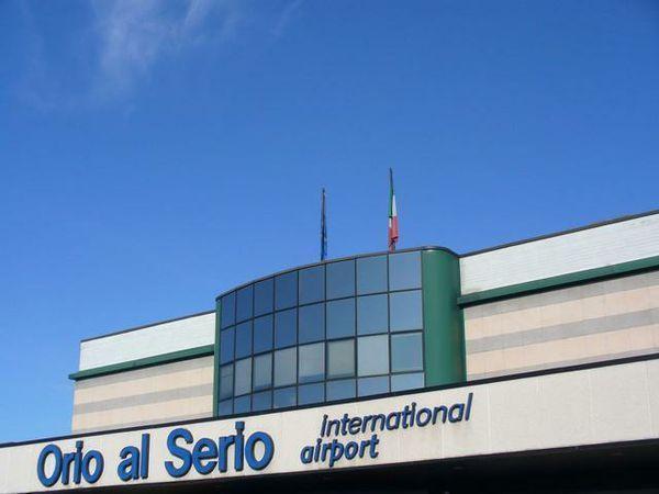 Aeroporto Orio Al Serio Bergamo : Aeroporto di orio al serio