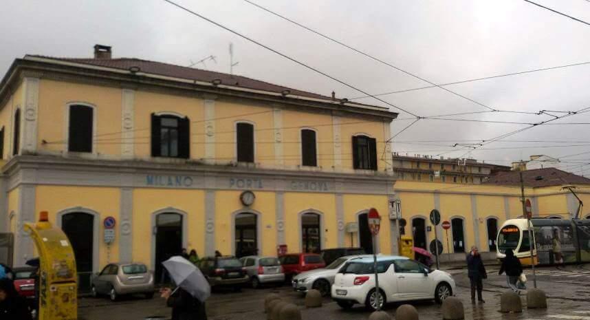 La stazione di san cristoforo e di porta genova - Milano porta genova treni ...